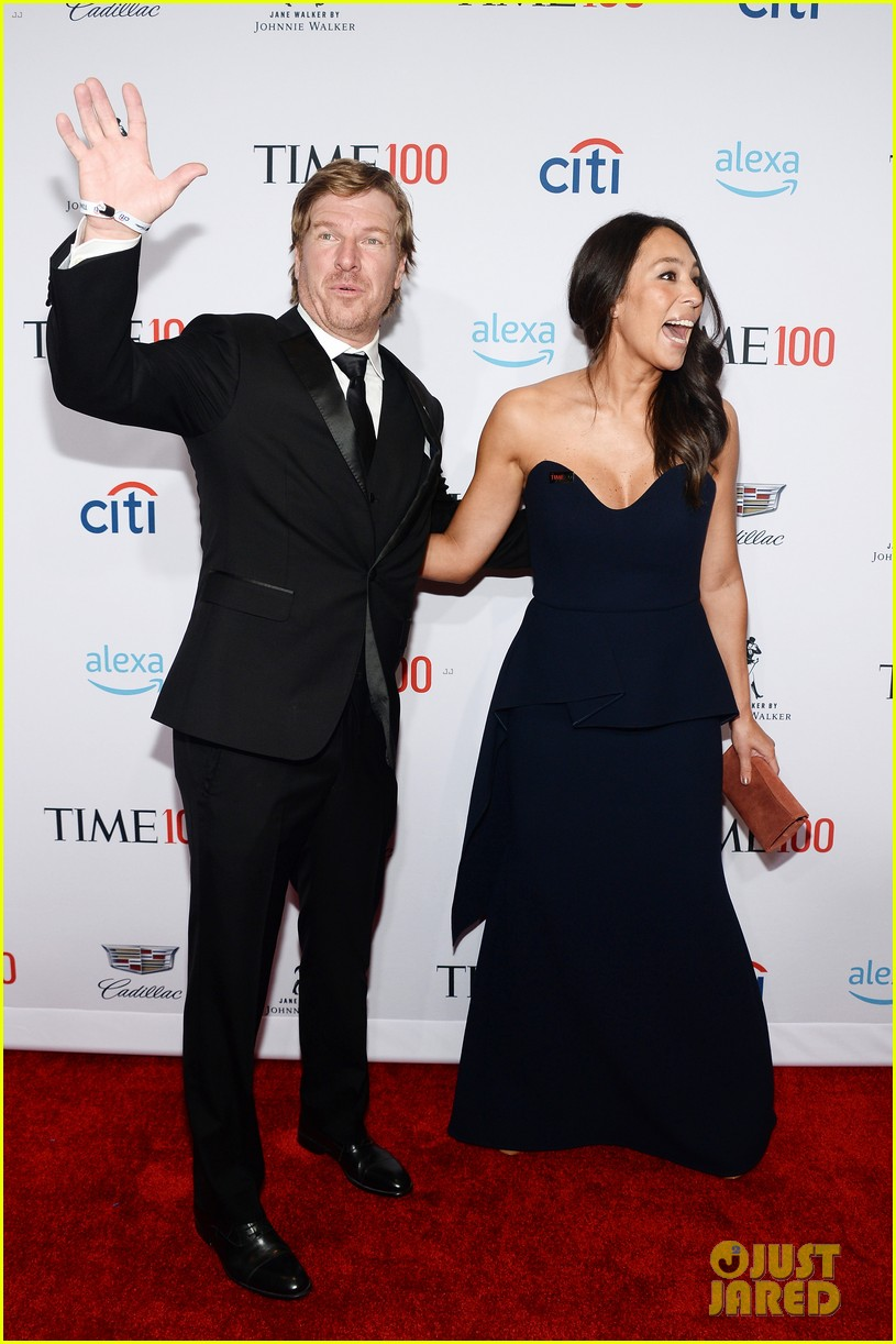 chip and joanna gaines net worth reaches billions with network 024590646
