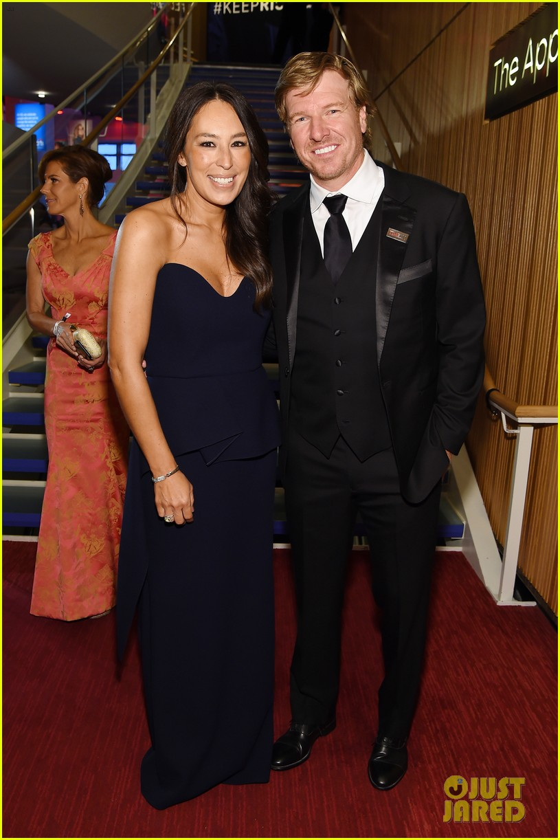 chip and joanna gaines net worth reaches billions with network 034590647