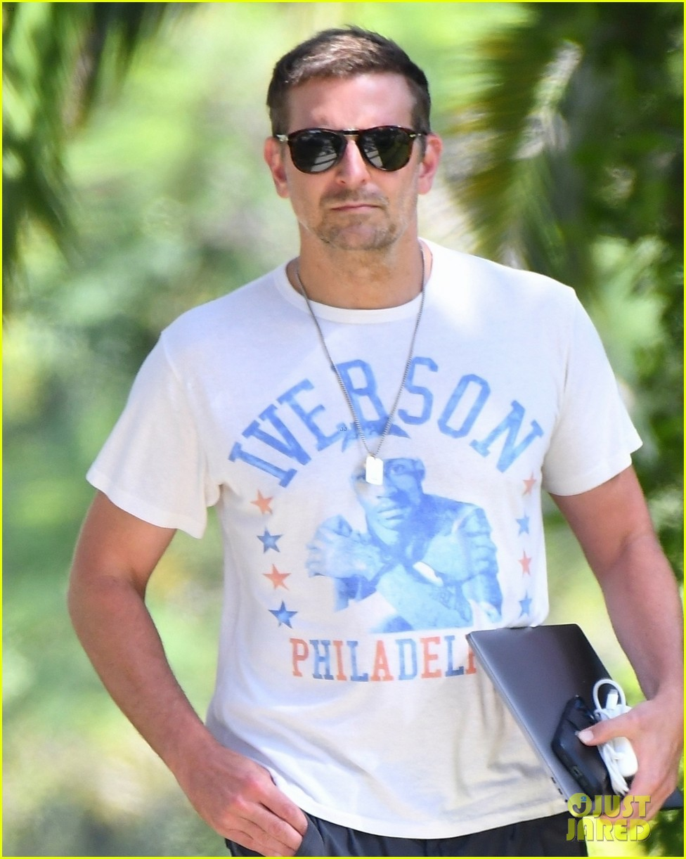 bradley cooper heads to friends house for afternoon meeting 024593578