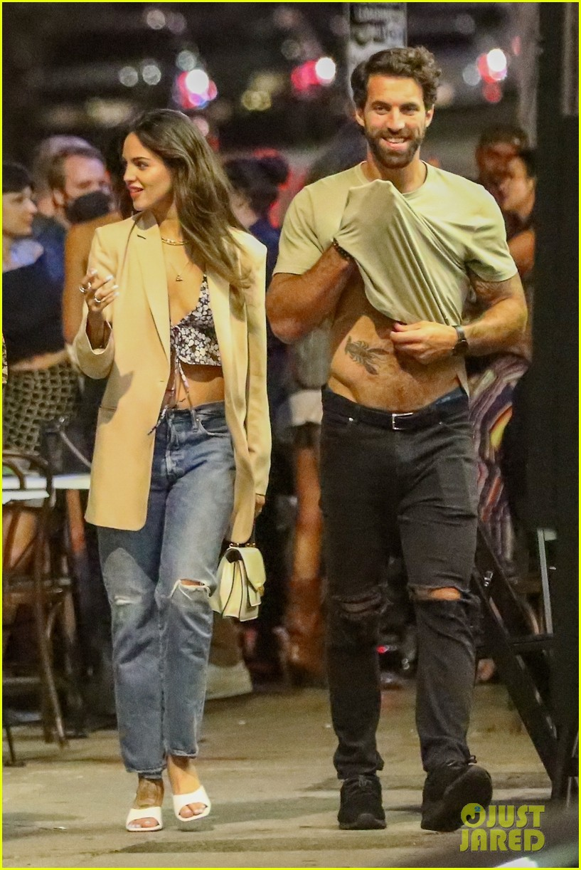 eiza gonzalez boyfriend paul rabil shows off his hot bod night out 054590928