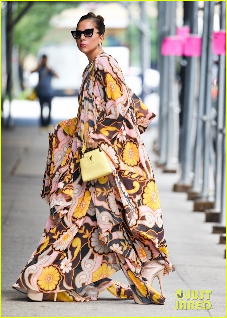lady gaga slays nyc in two super chic looks 064596726