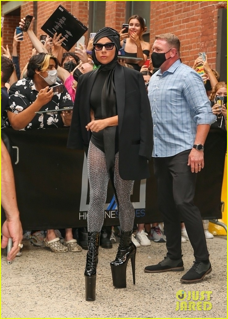 lady gaga slays nyc in two super chic looks 074596727