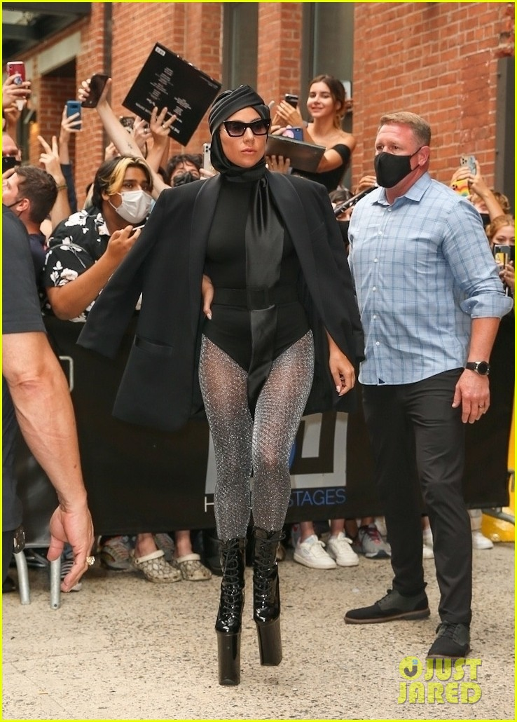 lady gaga slays nyc in two super chic looks 094596729