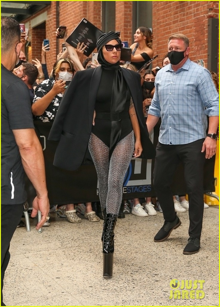 lady gaga slays nyc in two super chic looks 114596731