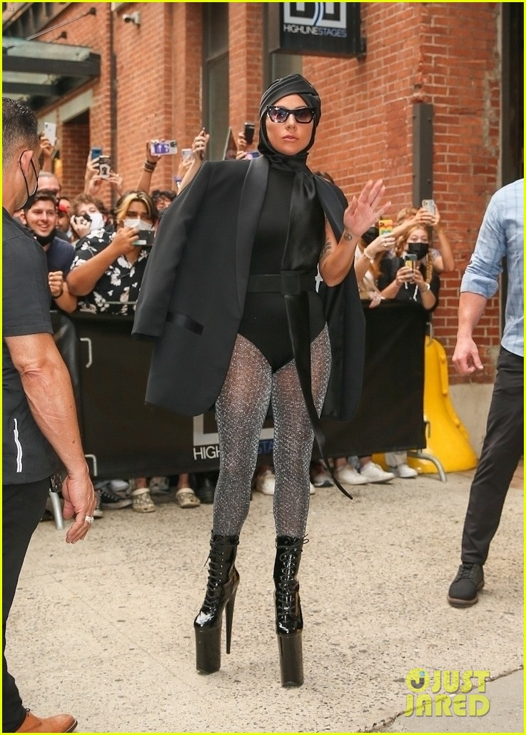 lady gaga slays nyc in two super chic looks 154596735