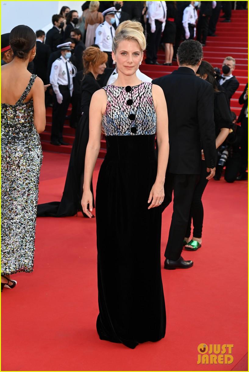maggie gyllenhaal cannes film festival jury closing ceremony 084590760