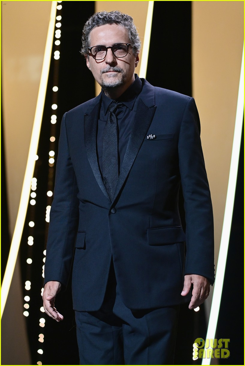 maggie gyllenhaal cannes film festival jury closing ceremony 434590795