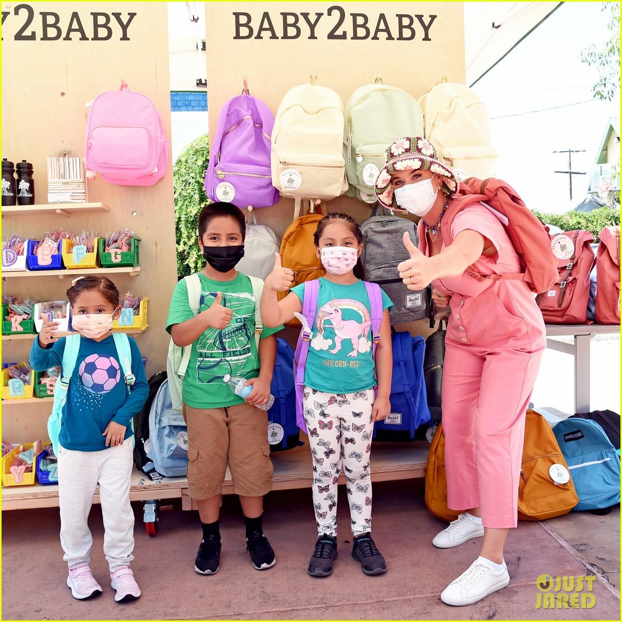 katy perry zooey deschanel nicole richie baby2baby event 214593099