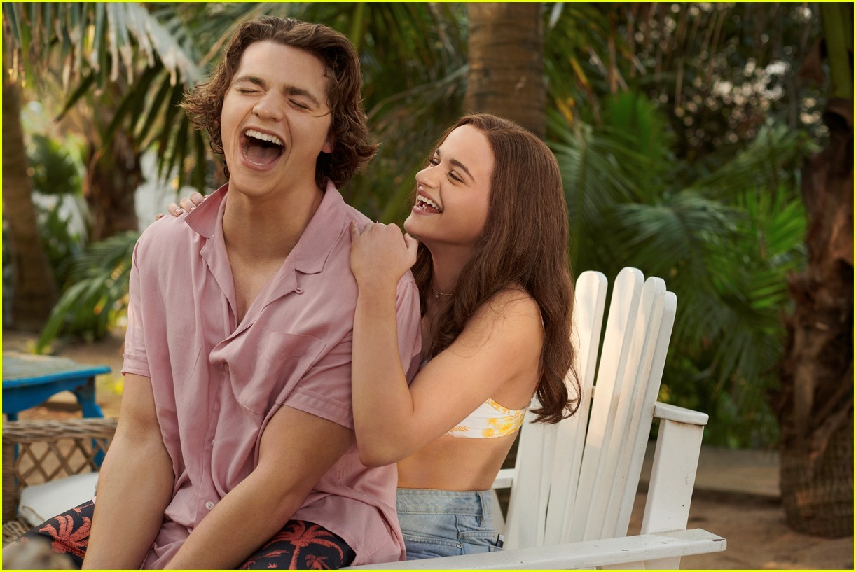 joey king the kissing booth 3 poster 024580280