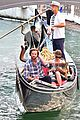 jared padalecki genevieve gondola ride in venice 03