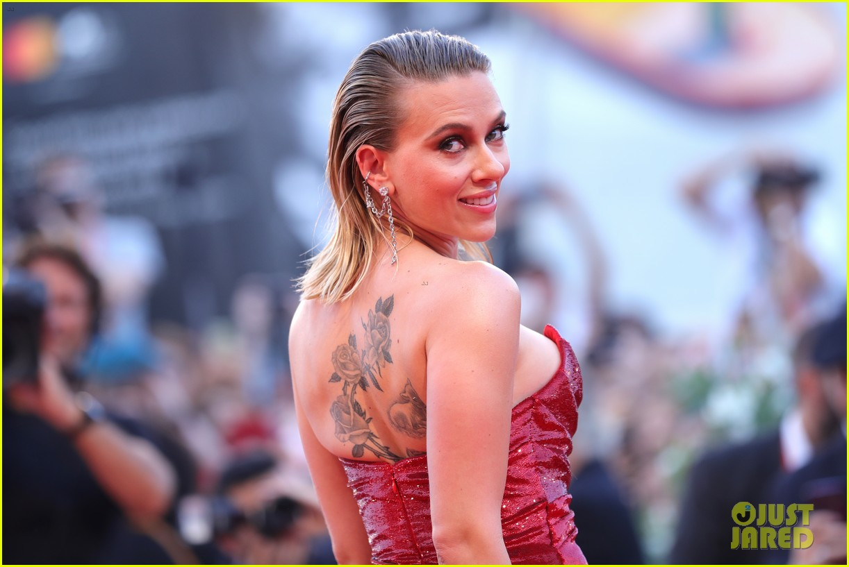 scarlett johansson shares cute things about daughter rose 024597409