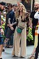 sarah jessica parker cynthia nixon fun outfits and just like that set 16