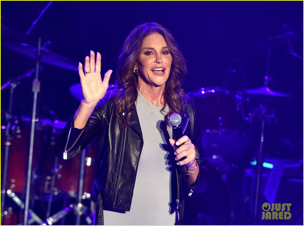 caitlyn jenner shocked by her own tweet 064602036