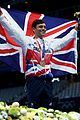 tom daley knits again at olympics 21