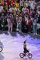 kara winger flag bearer olympics closing ceremony pics 23