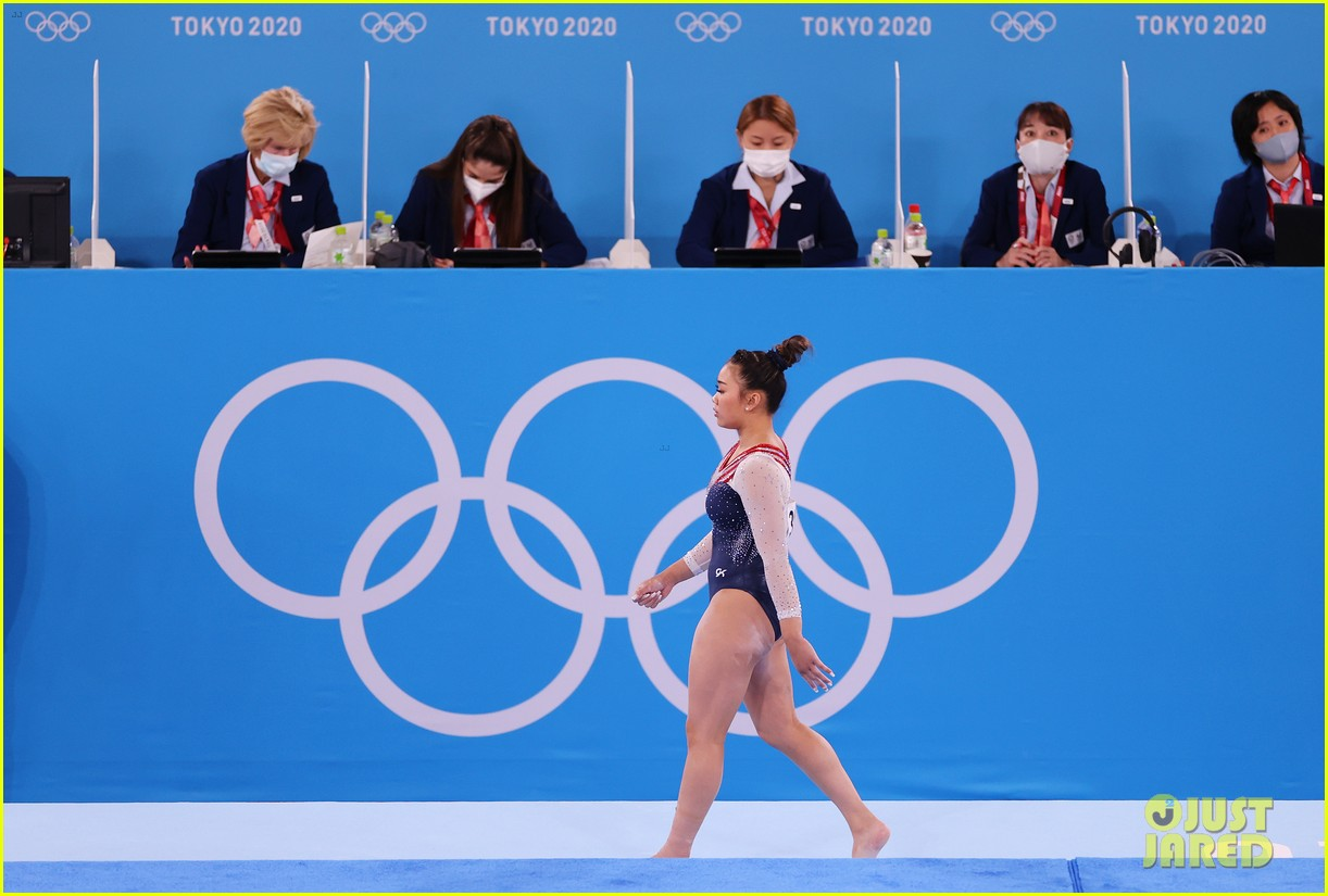 suni lee gold medal gymnastics 164598542