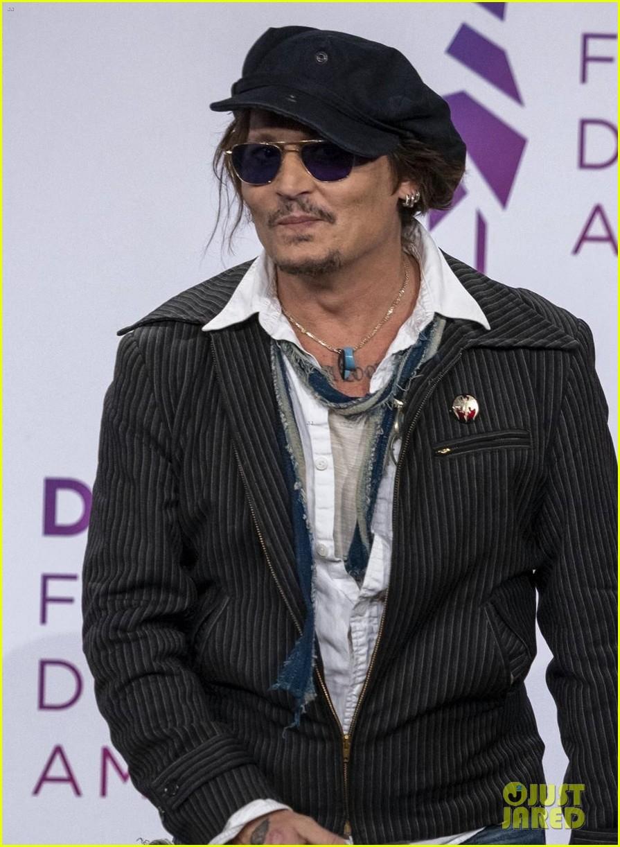 johnny depp promotes new movie deauville film festival 064616191