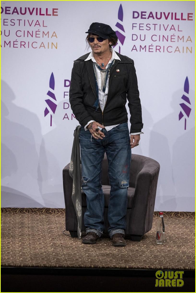 johnny depp promotes new movie deauville film festival 084616193