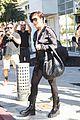 khloe kardashian skintight bodysuit filming kris jenner 19