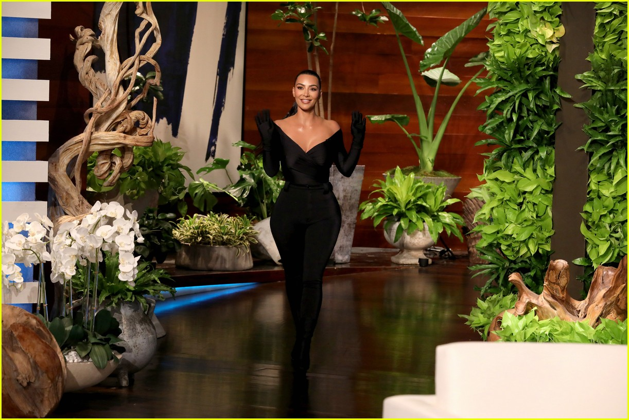kim kardashian shares details about kylie jenner pregnancy 024625339