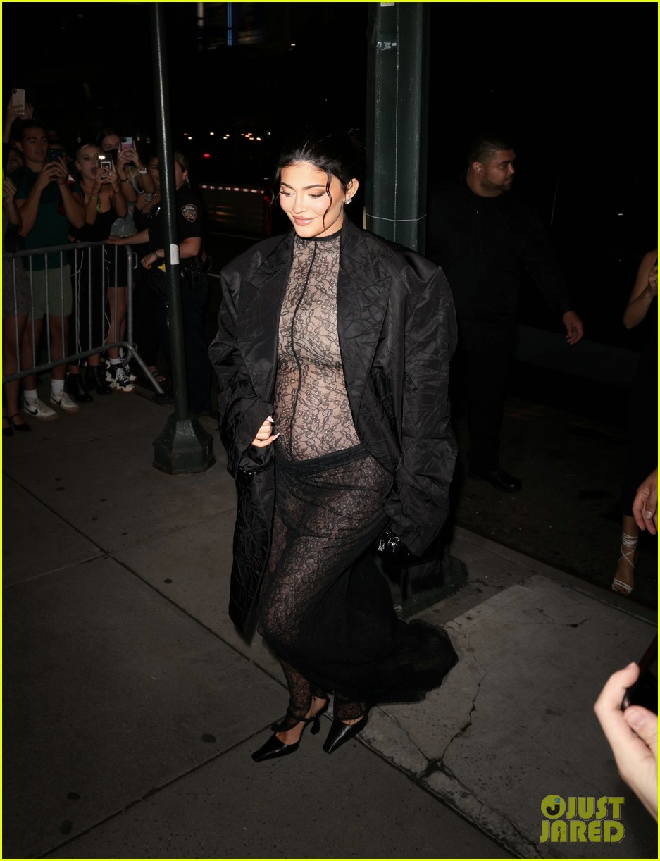 kylie jenner wears completely sheer outfit pregnant 084618494