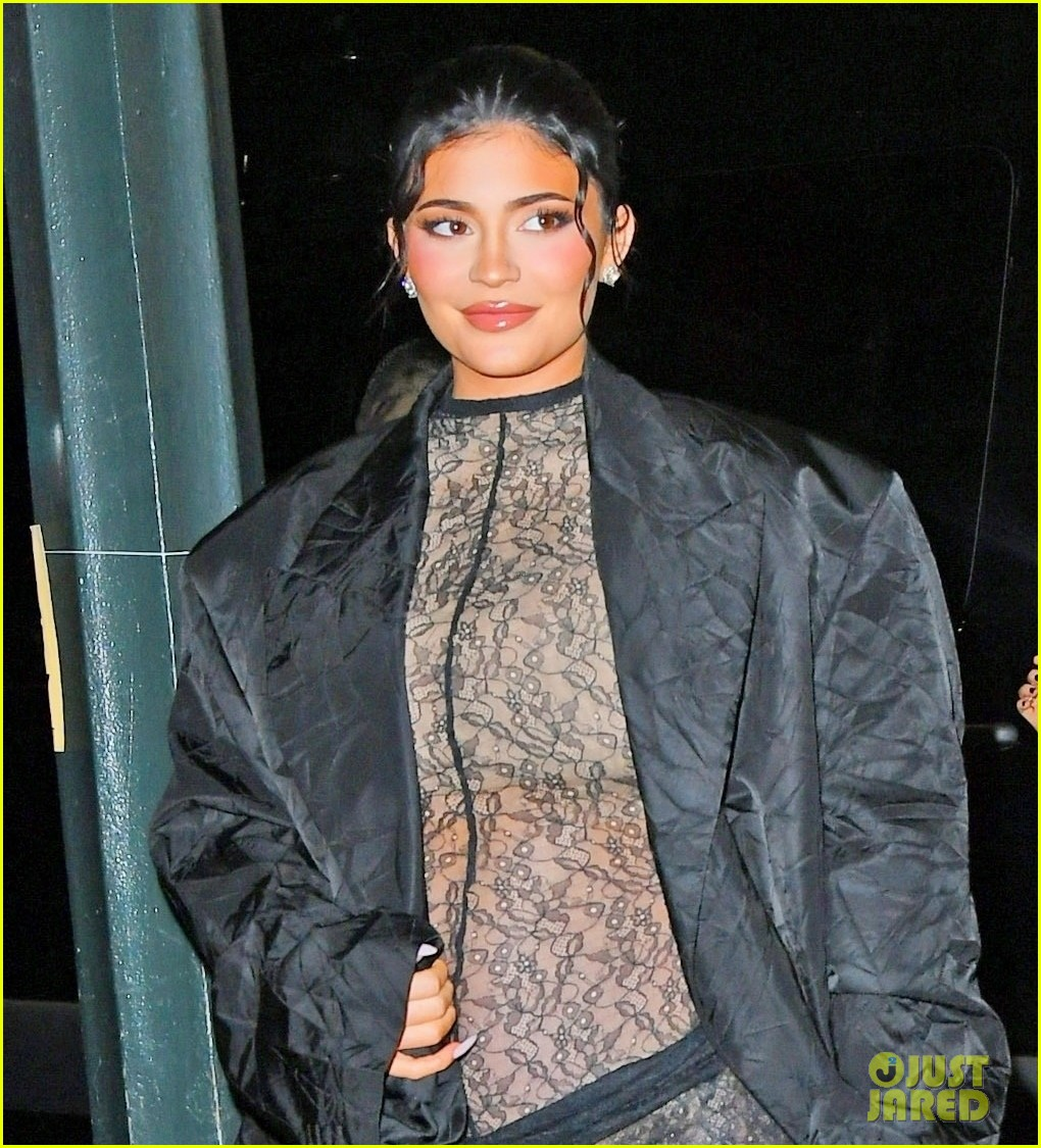 kylie jenner wears completely sheer outfit pregnant 094618495