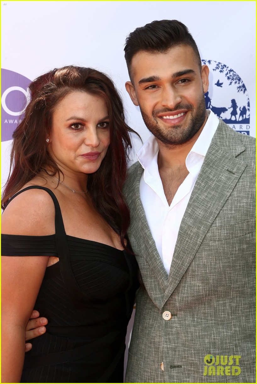 did sam asghari ever propose to britney spears 054621001