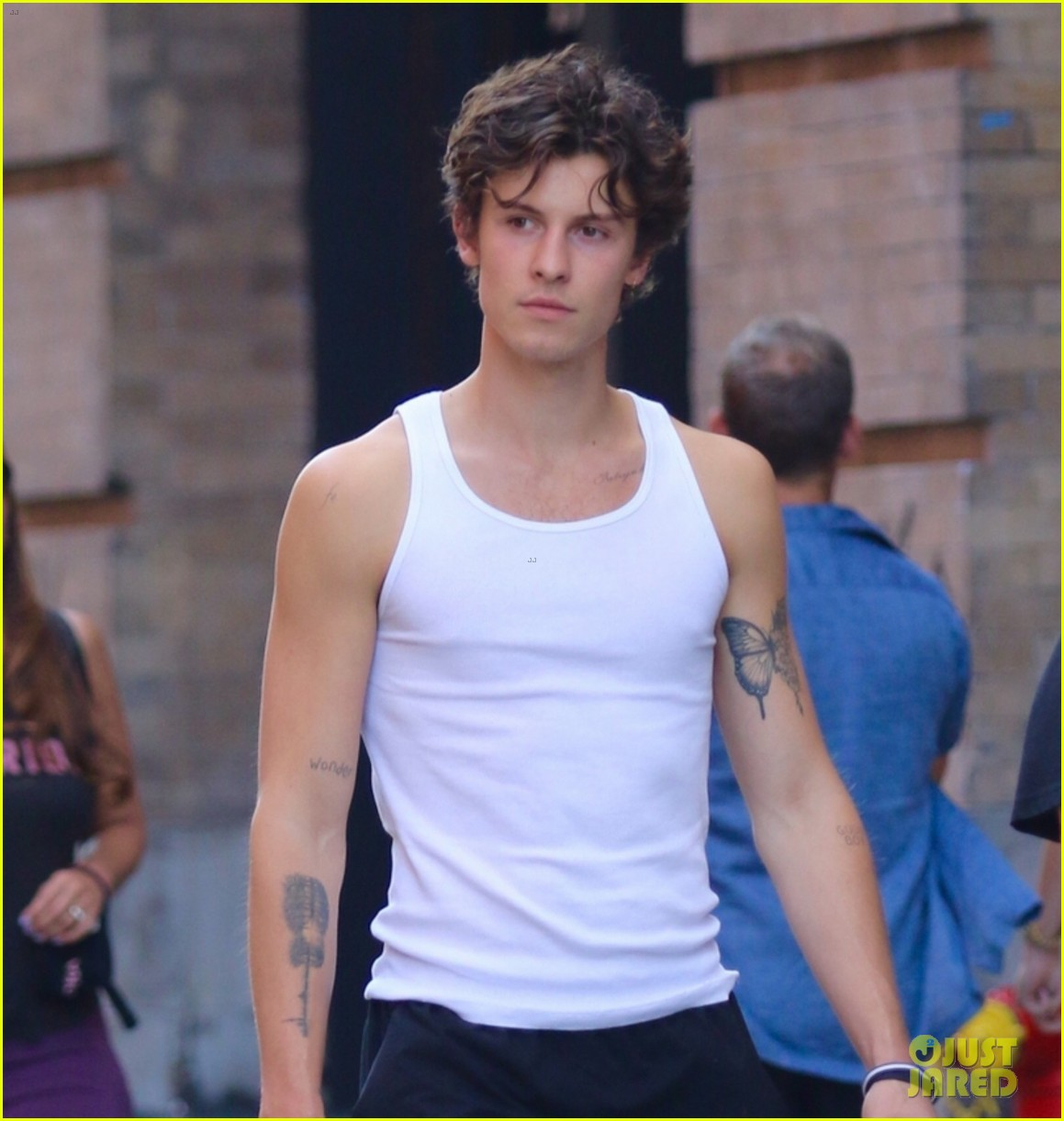 shawn mendes leaves the gym in new york city 064616693