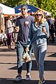 kate upton justin verlander pick up coffee outing in aspen 01