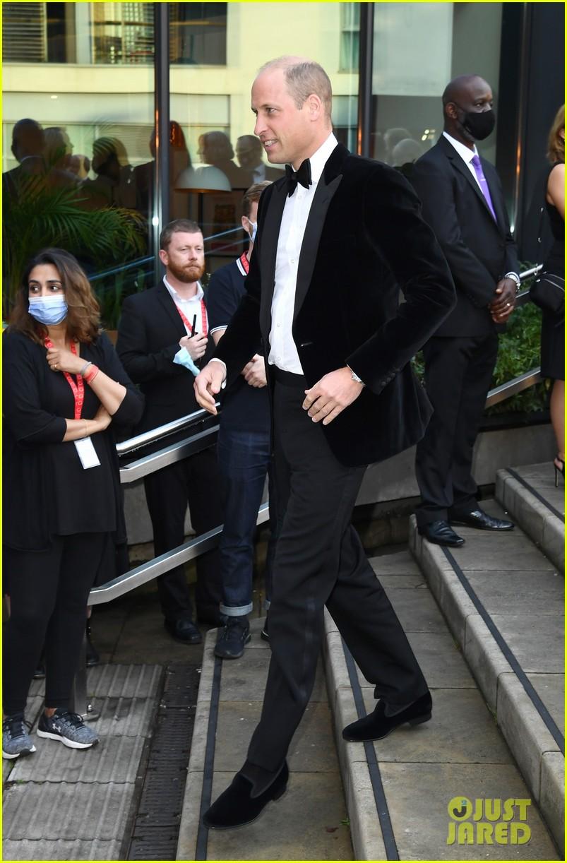 prince william david beckham look so handsome who cares wins awards 014624808