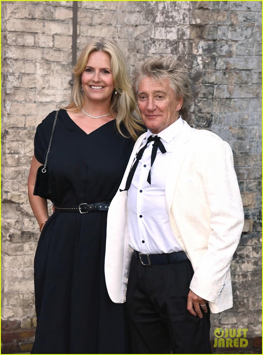prince william david beckham look so handsome who cares wins awards 034624810