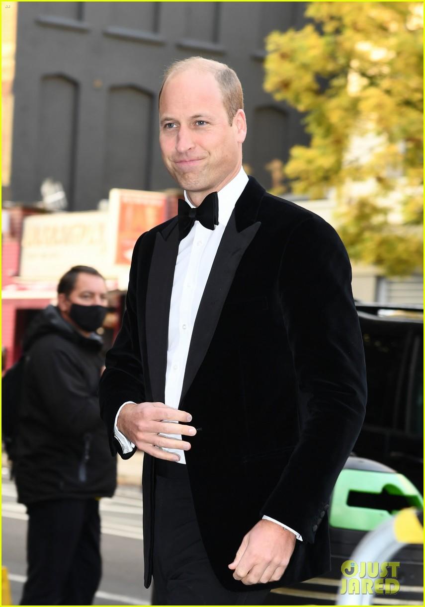 prince william david beckham look so handsome who cares wins awards 044624811