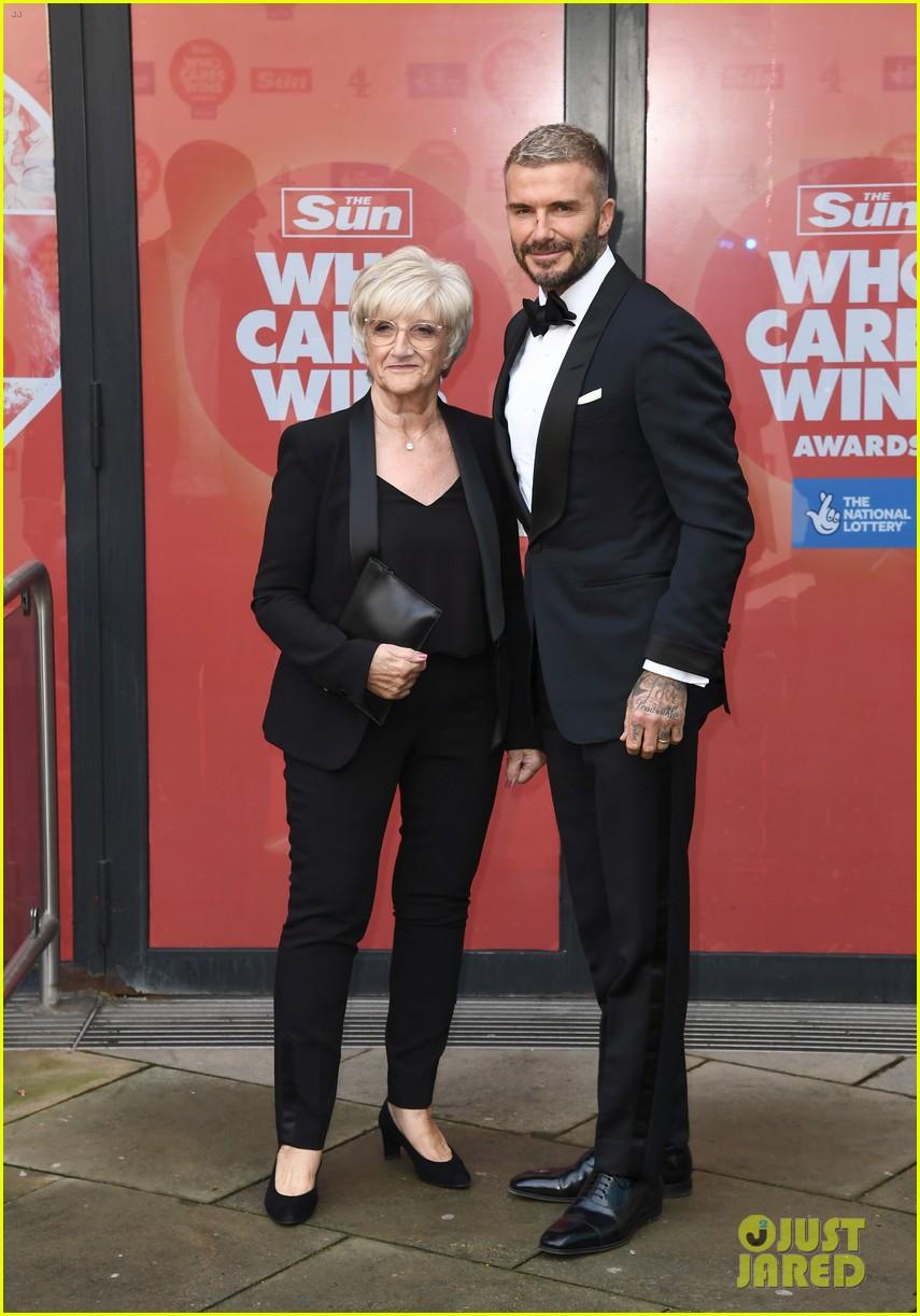 prince william david beckham look so handsome who cares wins awards 05