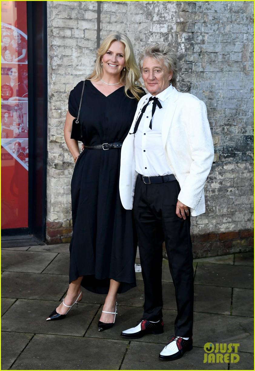 prince william david beckham look so handsome who cares wins awards 214624828