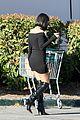 kourtney kardashian travis barker go grocery shopping together 51