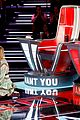 kelly clarkson throws shade the voice 18