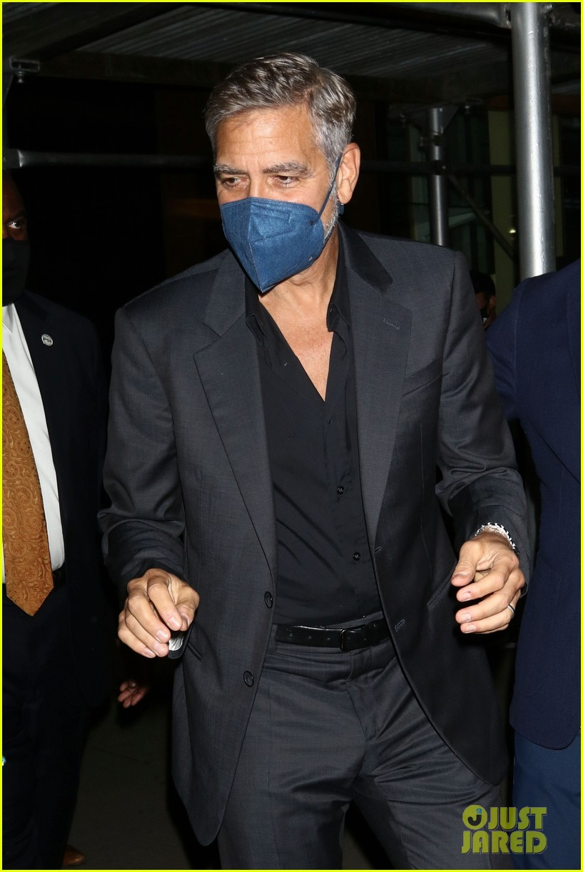 george clooney looks back at playing batman 034643827