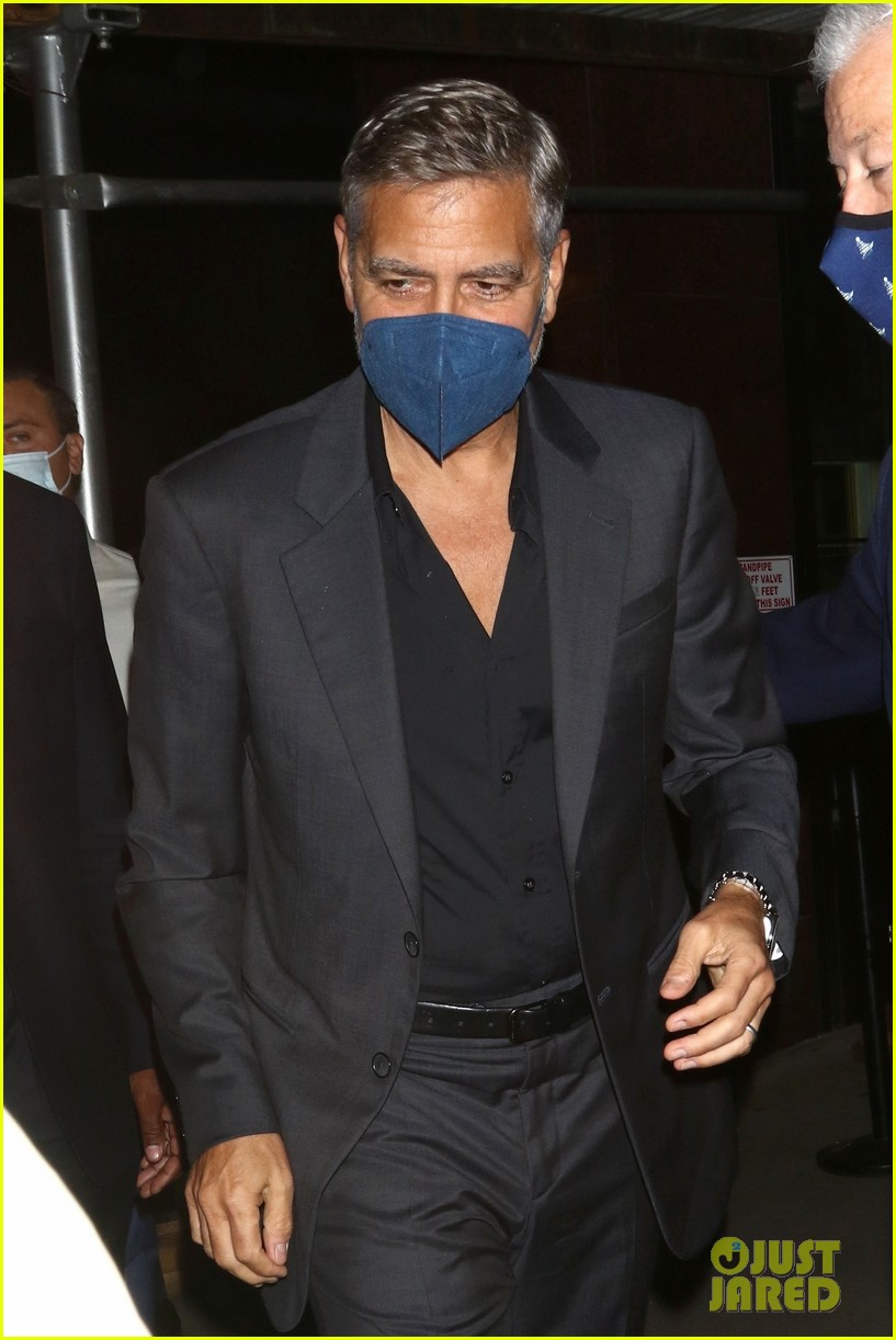 george clooney looks back at playing batman 054643829