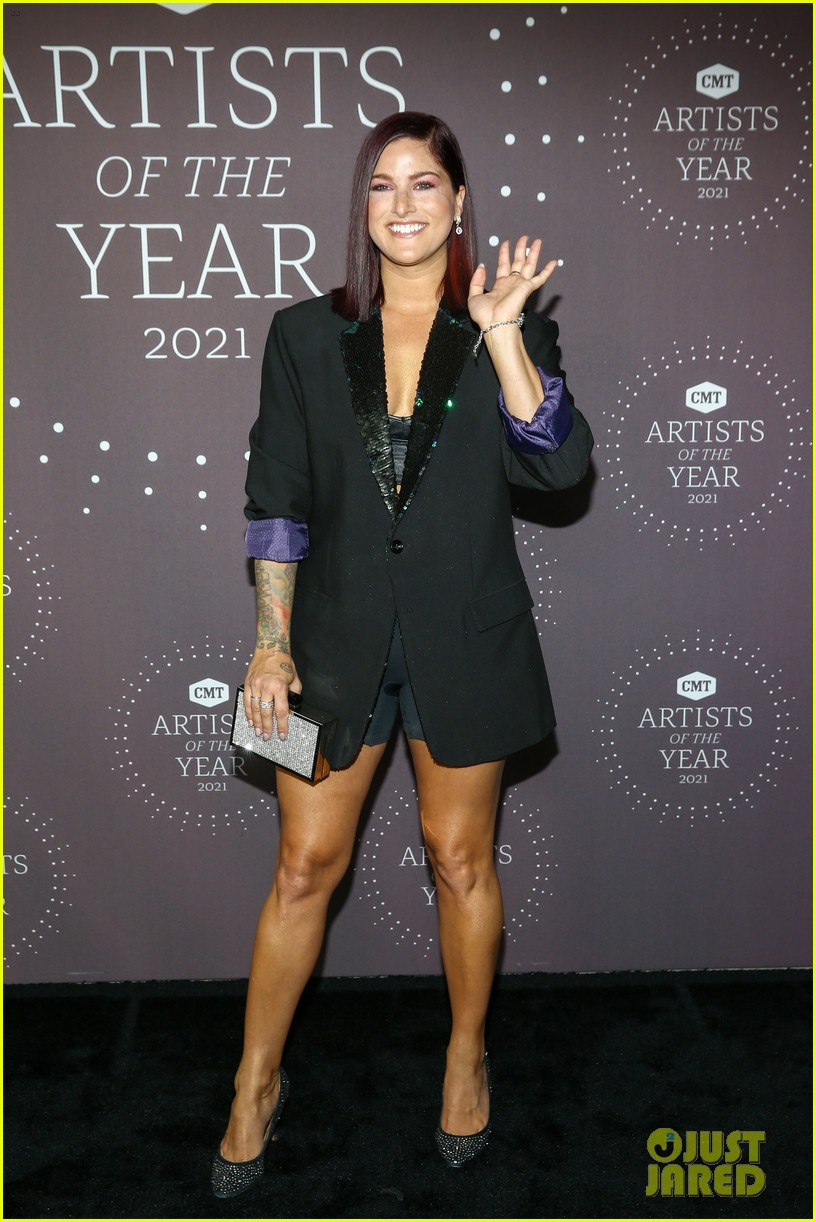 lady a cassadee pope morgan evans more cmt aoty 084643659