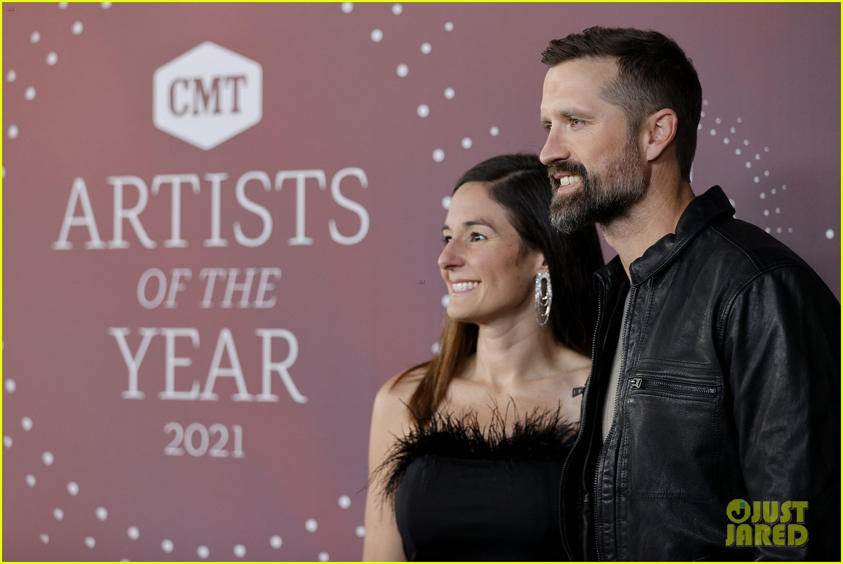 lady a cassadee pope morgan evans more cmt aoty 454643696
