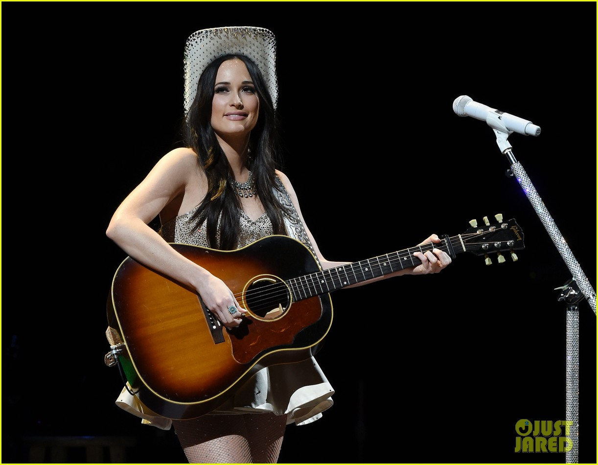 kacey musgraves reacts to grammys decision 034643952