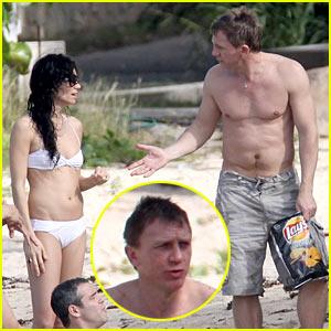 Daniel Craig is St. Bart's Beach Buff