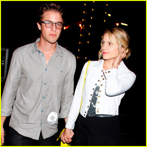 Dianna Agron & Henry Joost: Holding Hands!