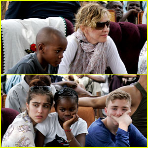 Madonna: Malawi School Visit with the Kids!