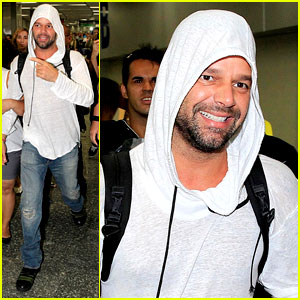 Ricky Martin to Fans: You Deserve to Be Happy!