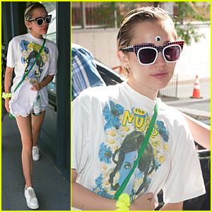 Miley Cyrus & Rumored Girlfriend Stella Maxwell Met Through Instagram