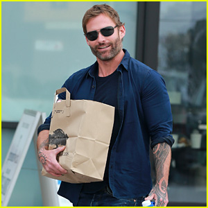 heres what seann william scott is up to these days.