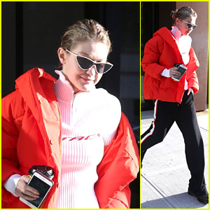 Gigi Hadid Stays Warm in a Large Coat in New York City!