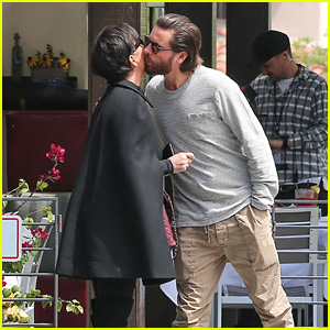 Kris Jenner & Scott Disick Go to Lunch Together While Filming 'KUWTK'!