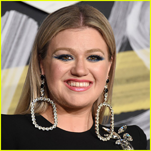 Kelly Clarkson's Daughter Wants to Marry Chris Martin!